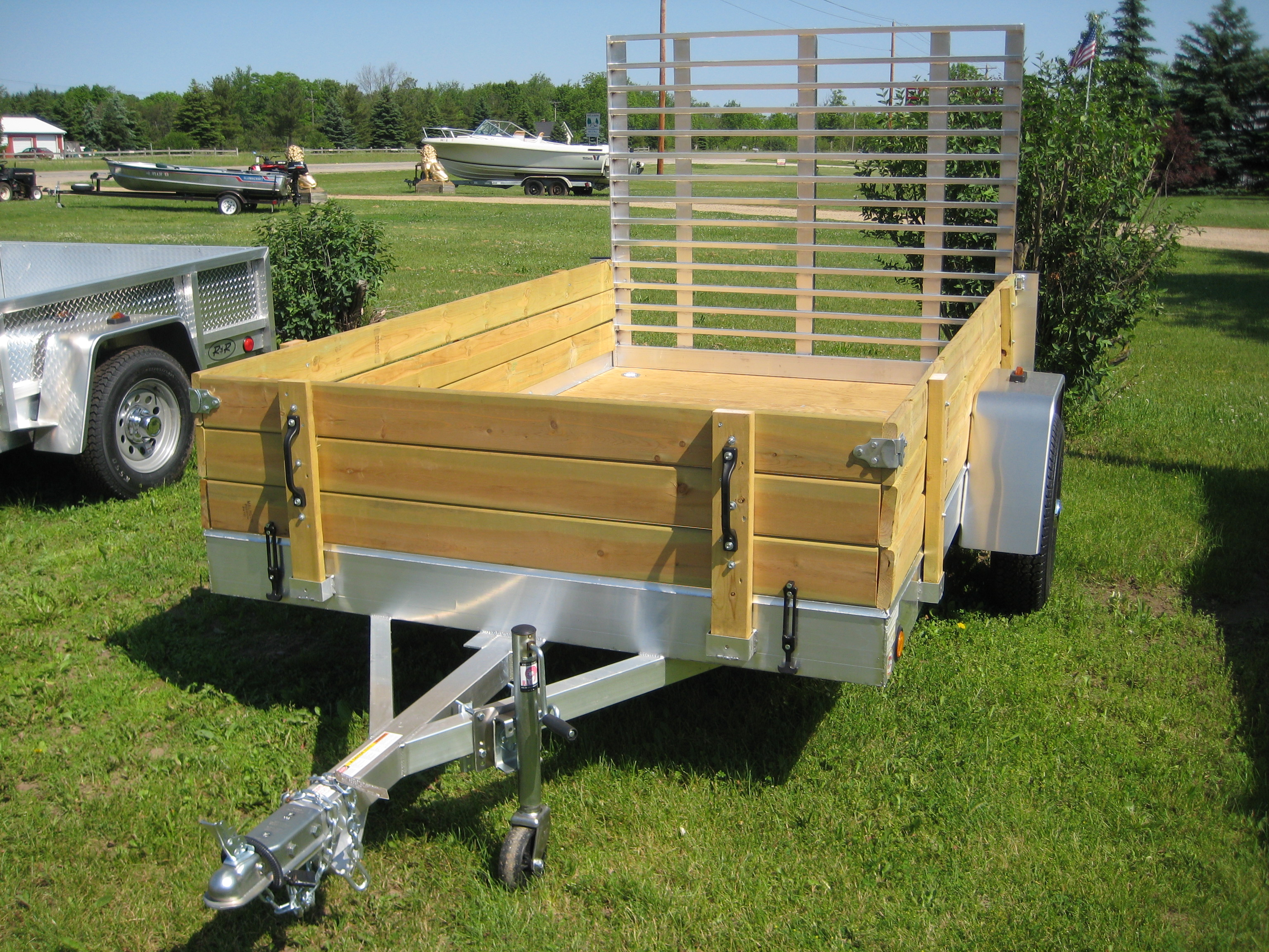 Aluminum Utility Trailer UT Series Wood Floor W